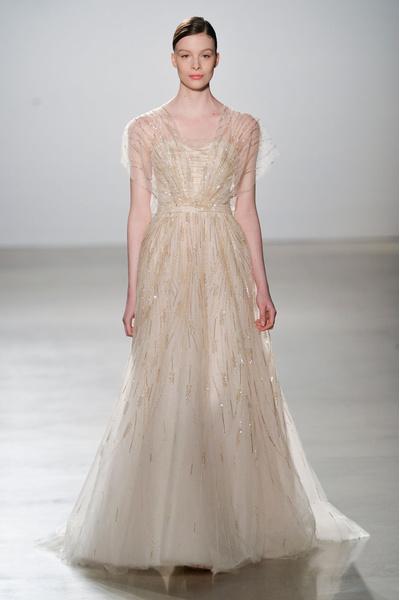 50 самых красивых платьев со Свадебной Недели Моды в Нью-Йорке | галерея [1] фото [51]