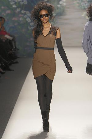 Показ Tracy Reese коллекции сезона Осень-зима 2010-2011 года prêt-à-porter - www.elle.ru - Подиум - фото 145110