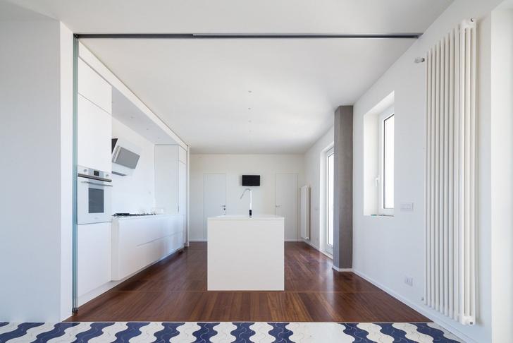 Белая квартира с винтажной плиткой на Сицилии (фото 12)
