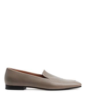 Лоферы — идеальная обувь для весенних прогулок. Какие купить и с чем носить? (фото 3.2)