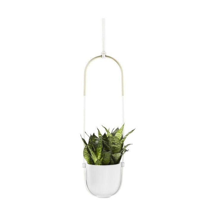 Цветы на балконе: дизайнерские подвесные кашпо (фото 2)