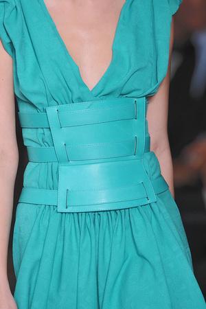 Показ Lefranc Ferrant коллекции сезона Осень-зима 2009-2010 года haute couture - www.elle.ru - Подиум - фото 88112