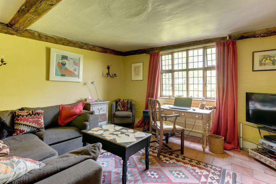 Новый дом Кита Харингтона в английской глубинке | галерея [1] фото [12]