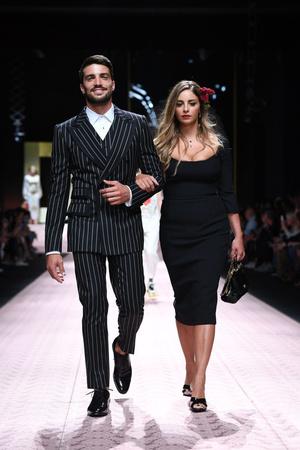 В духе Met Gala: звездопад на показе Dolce&Gabbana (фото 5.1)