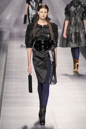 Показы мод Fendi Осень-зима 2012-2013 | Подиум на ELLE - Подиум - фото 1529