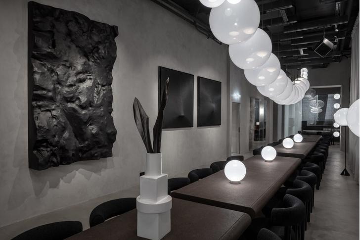 Эклектичный ресторан по проекту Тома Диксона (фото 0)