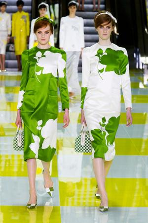 Показ Louis Vuitton коллекции сезона Весна-лето 2013 года prêt-à-porter - www.elle.ru - Подиум - фото 462661