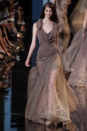 Показ Elie Saab коллекции сезона Осень-зима 2010-2011 года Haute couture - www.elle.ru - Подиум - фото 168161