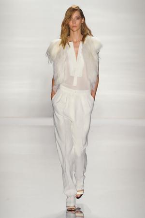 Показы мод J Mendel Весна-лето 2012 | Подиум на ELLE - Подиум - фото 2006