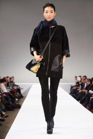 Показ Longchamp коллекции сезона Осень-зима 2015-2016 года Prêt-à-porter - www.elle.ru - Подиум - фото 596327