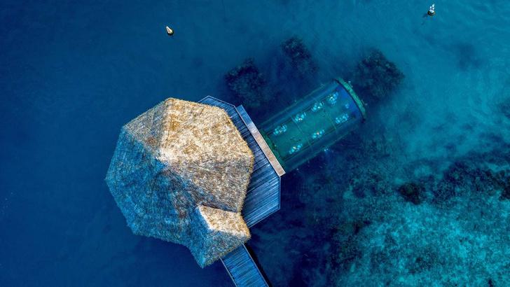 Первый в мире подводный отель (фото 0)