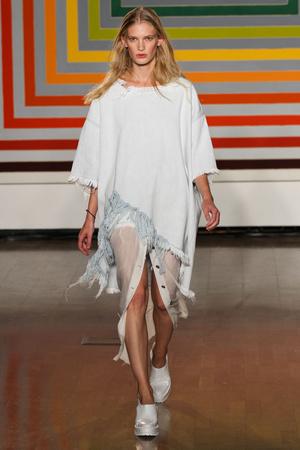Показ Fashion East коллекции сезона Весна-лето 2012 года Prêt-à-porter - www.elle.ru - Подиум - фото 299419