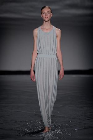 Показ Maison Rabih коллекции сезона Осень-зима 2011-2012 года Haute couture - www.elle.ru - Подиум - фото 277855