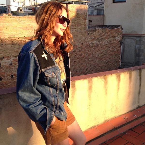 По горячим следам: новые героини стрит-стайла | галерея [7] фото [1]