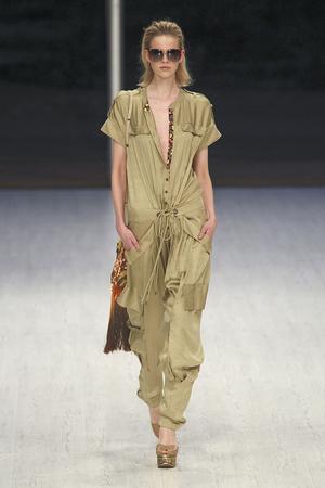Показы мод Matthew Williamson Весна-лето 2011 | Подиум на ELLE - Подиум - фото 2597