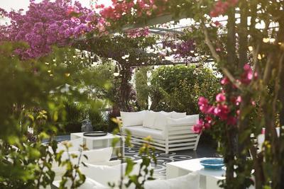 Канули в лето: где отдыхают Кейт Мосс, Наоми Кэмпбелл и Поппи Делевинь (галерея 32, фото 4)
