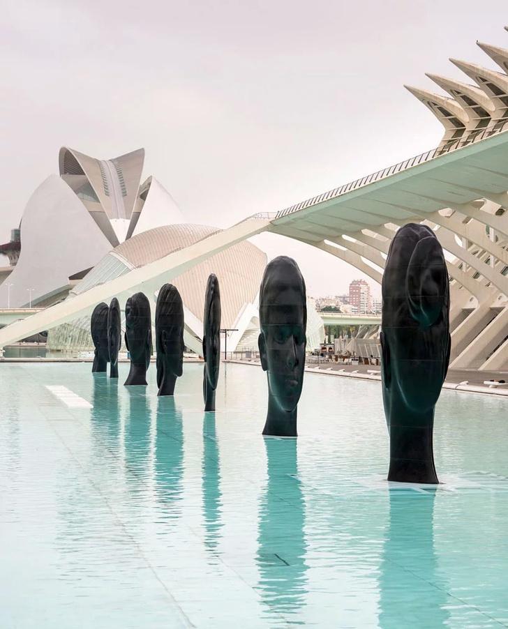 Инсталляция Жауме Пленсы в Валенсии (фото 0)