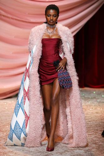 Побег из Самарканда: показ Ulyana Sergeenko Couture в Париже (фото 1.1)