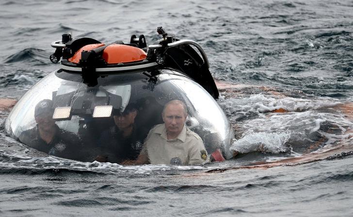 Под водой и в небе: коллекция впечатлений Владимира Путина фото [9]