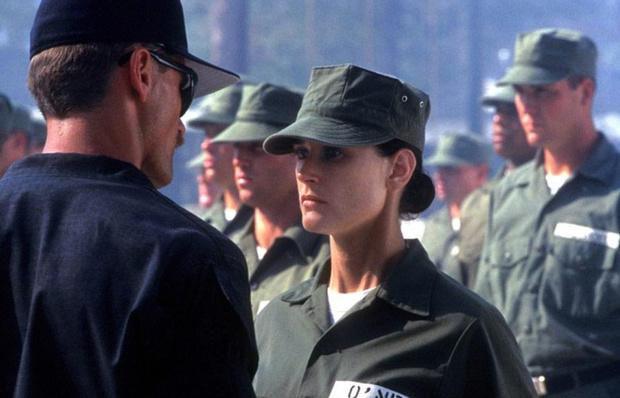 Кадр из фильма «Солдат Джейн», 1997