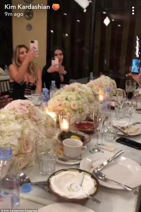 Семейный праздник: Ким Кардашьян отпраздновала день рождения фото [2]