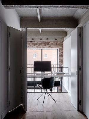 От заката до рассвета: квартира в стиле лофт (фото 11)