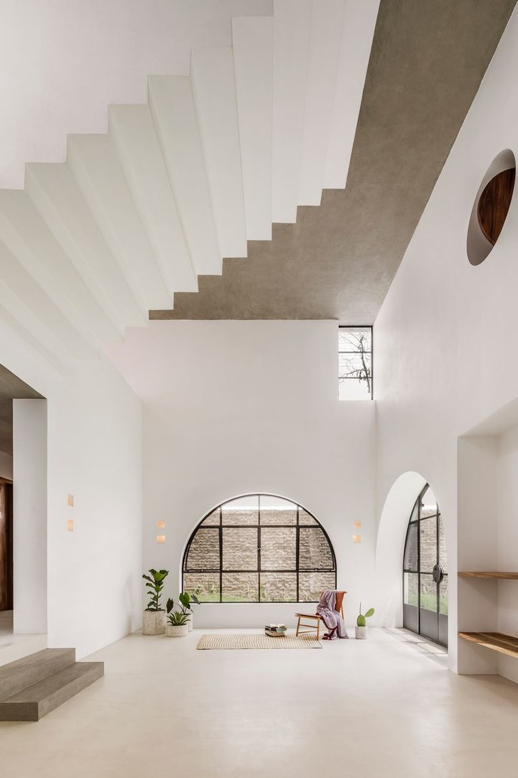 Less is More: минималистский дом в Мексике (фото 6)