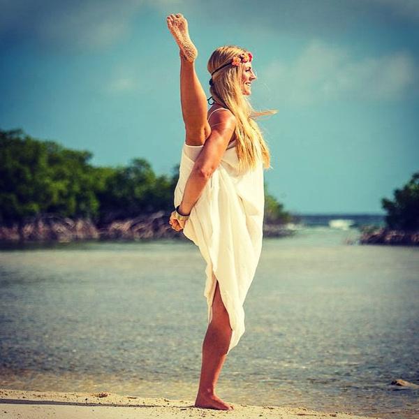ВСТАЛА В ПОЗУ: 7 мотивирующих йога-аккаунтов | галерея [5] фото [1]