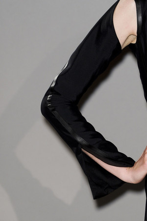Показ Atelier Gustavo Lins коллекции сезона Весна-лето 2011 года haute couture - www.elle.ru - Подиум - фото 216674
