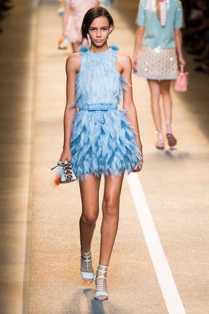 Показы мод Fendi Весна-лето 2015 | Подиум на ELLE - Подиум - фото 4144