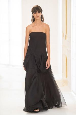 Показ Christian Dior коллекции сезона Осень-зима 2016-2017 года Haute couture - www.elle.ru - Подиум - фото 607088