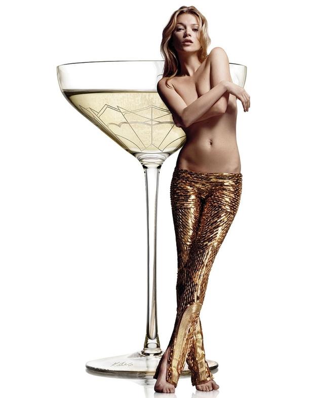 Кейт Мосс топлес: фото
