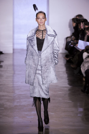 Показы мод Cushnie et Ochs Осень-зима 2011-2012 | Подиум на ELLE - Подиум - фото 2403