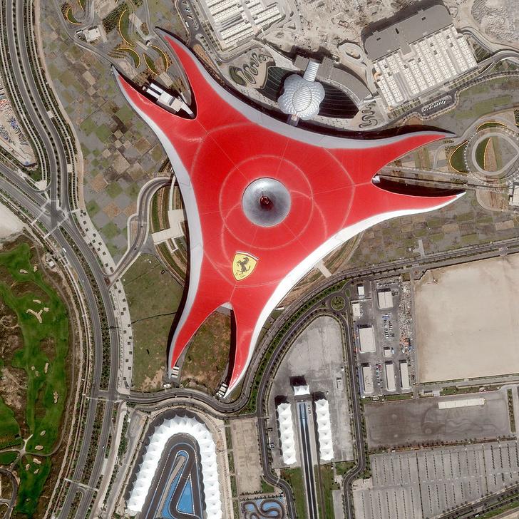 Ferrari World, ОАЭ самые известные парки развлечений