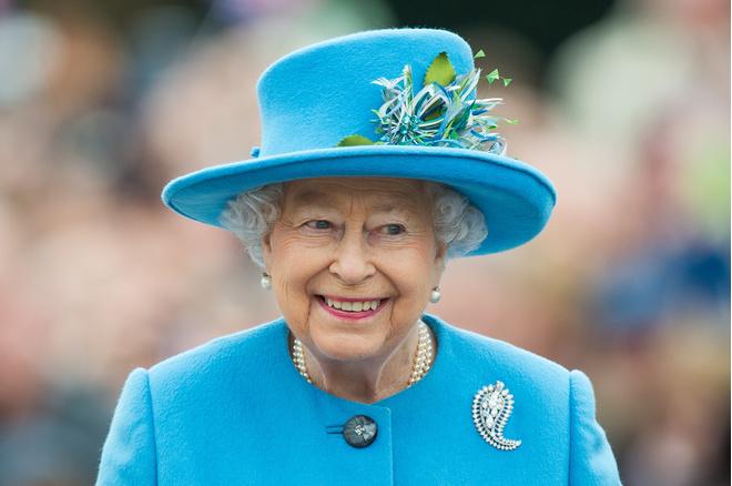 Елизавета II cделала Меган Маркл и принцу Гарри щедрый свадебный подарок (фото 1)