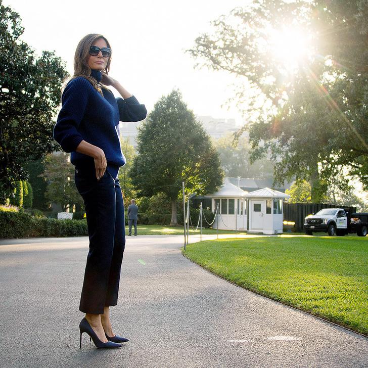 Снова на каблуках: Мелания Трамп приехала к пострадавшим от урагана «Мария» фото [3]