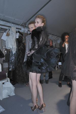 Показ Valentino коллекции сезона Осень-зима 2009-2010 года haute couture - www.elle.ru - Подиум - фото 88472