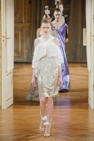 Показ Alexis Mabille коллекции сезона Осень-зима 2012-2013 года haute couture - www.elle.ru - Подиум - фото 403463