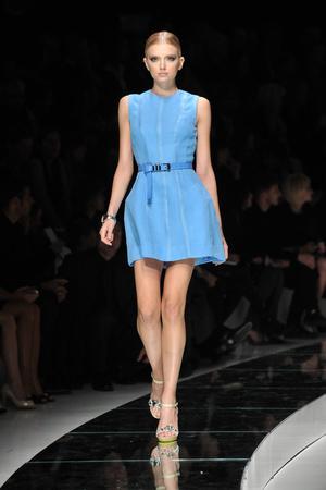 Показы мод Versace Весна-лето 2009 | Подиум на ELLE - Подиум - фото 3325