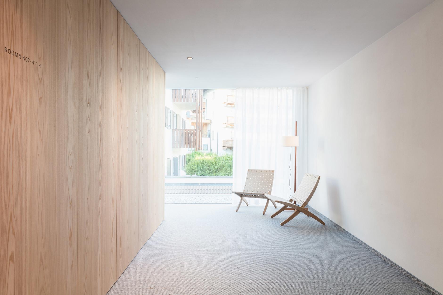 Жилец вершин: минималистский отель в Доломитах (галерея 6, фото 2)