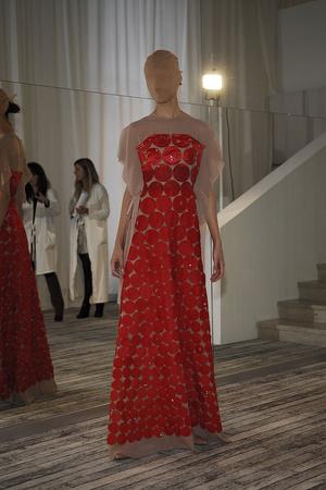Показ Maison Martin Margiela коллекции сезона Весна-лето 2009 года Haute couture - www.elle.ru - Подиум - фото 86859