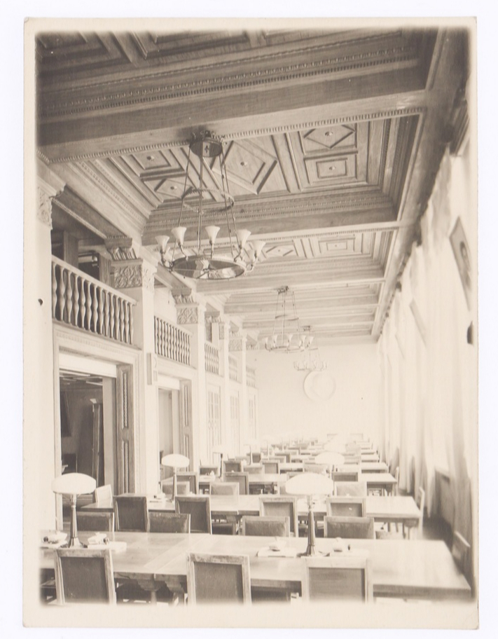 Уникальный архив архитектора Жолтовского выставят на аукцион (фото 3)