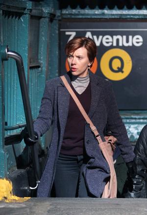 Скарлетт Йоханссон кардинально сменила образ для новой роли (фото 2)