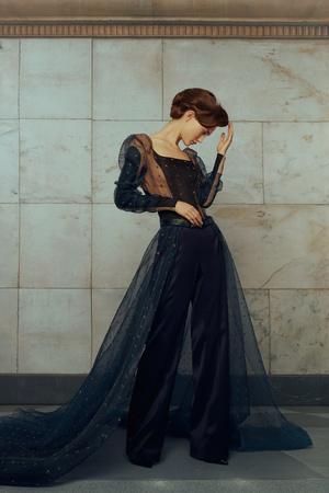 Свадебные платья в стиле 50-х, шляпы и безупречная вышивка: лукбук Edem (фото 4.2)