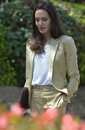 Как изменилась внешность Анджелины Джоли после развода
