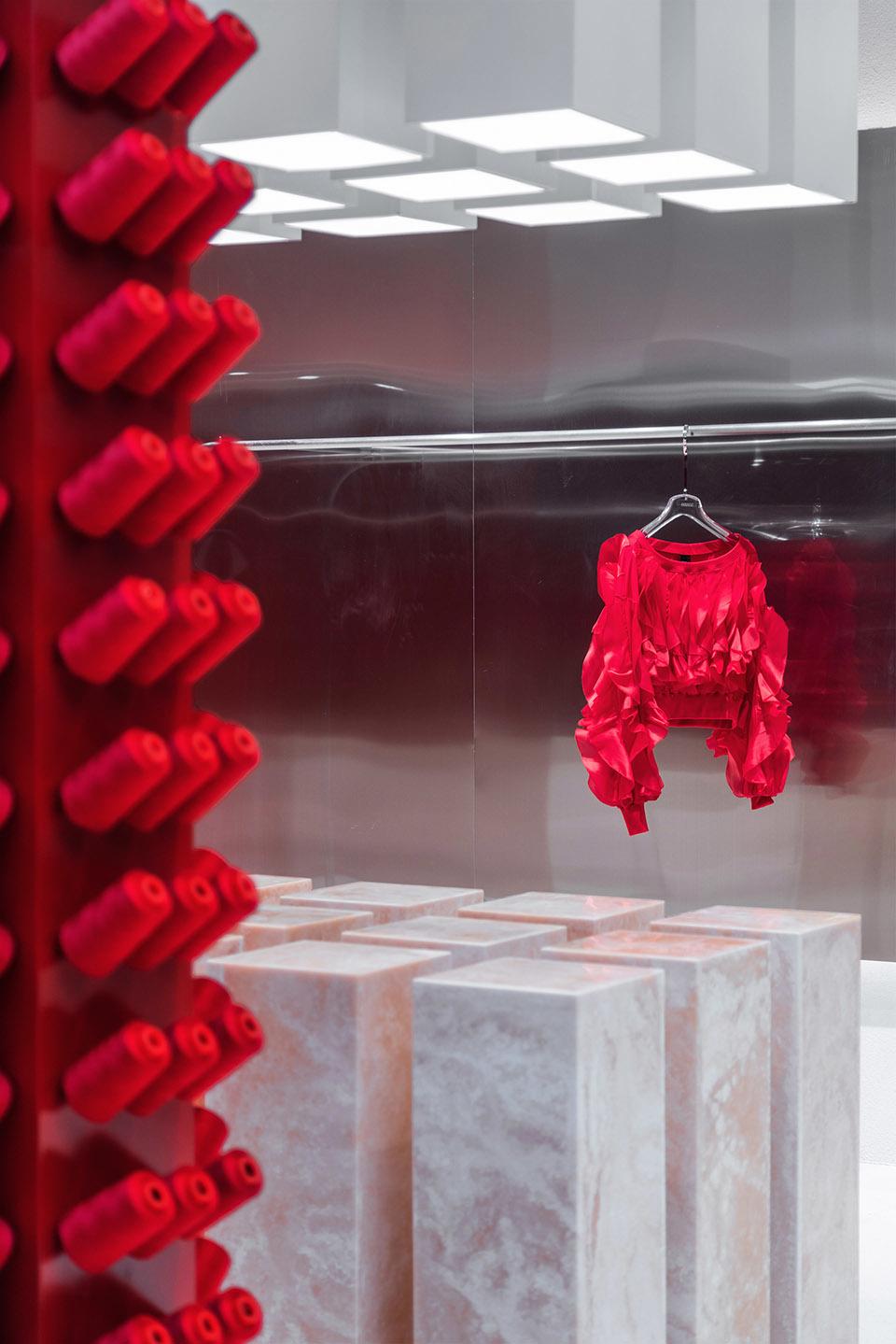 Яркий бутик одежды в Китае (галерея 7, фото 1)