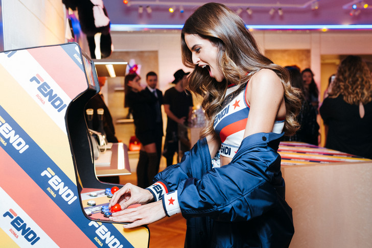 Fendi Mania: Изабель Гулар представила в Москве новую капсулу бренда (фото 1)