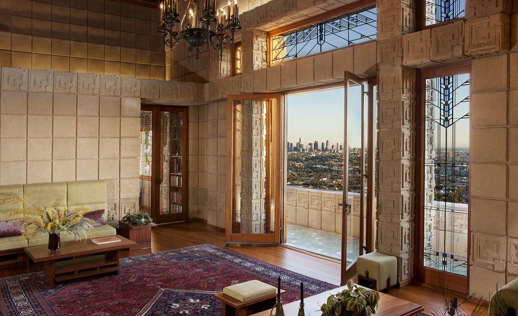 «Дом Эннисов» Фрэнка Ллойда Райта выставлен на продажу (галерея 7, фото 0)