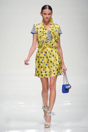 Показ Blugirl коллекции сезона Весна-лето 2011 года prêt-à-porter - www.elle.ru - Подиум - фото 185990