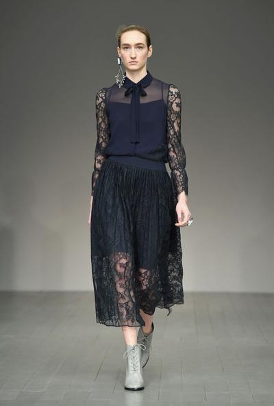 857ad873870 Вечерние платья с кружевными рукавами (галерея 3